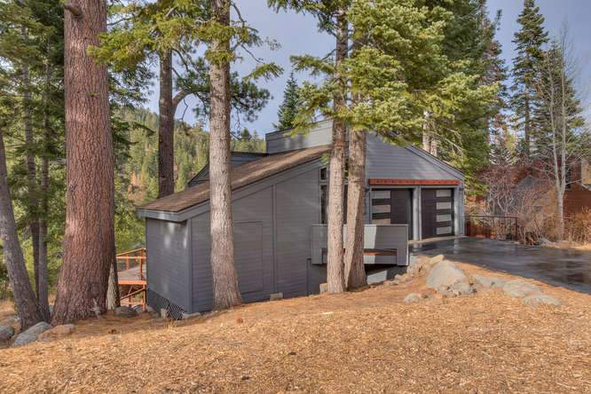1370 Pine Trail Alpine Meadows-small-002-3-Front Exterior-666x445-72dpi