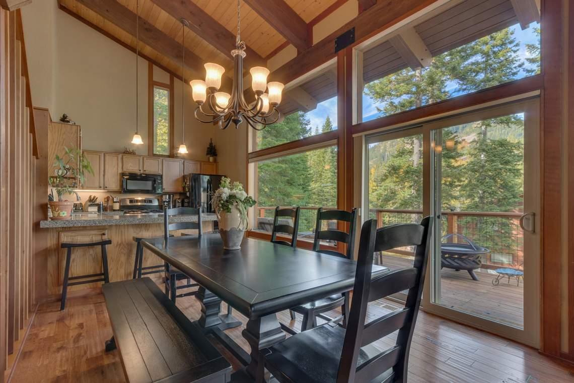 1440 Pine Trail Alpine Meadows-large-010-42-Dining Room-1500x1000-72dpi