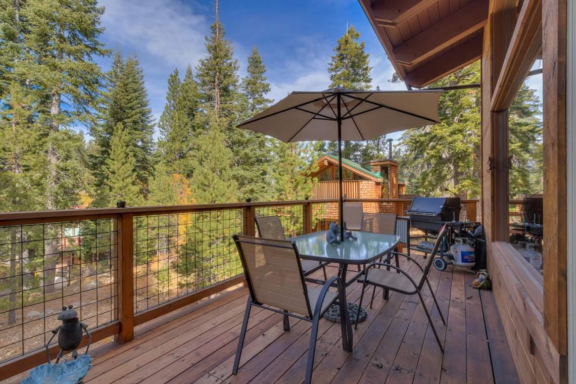 1440 Pine Trail Alpine Meadows-large-012-47-Patio-1500x1000-72dpi