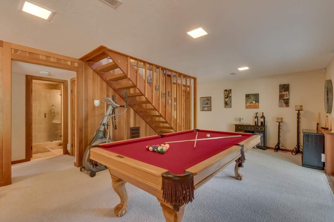1440 Pine Trail Alpine Meadows-large-021-54-Family Room-1500x1000-72dpi