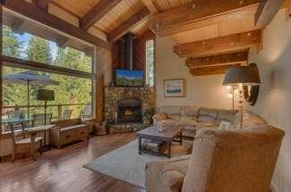 Pine Trail Lodge