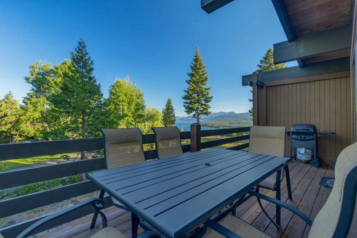 1877-N-Lake-Blvd-49-Tahoe-City-large-008-011-Deck-1500x1000-72dpi