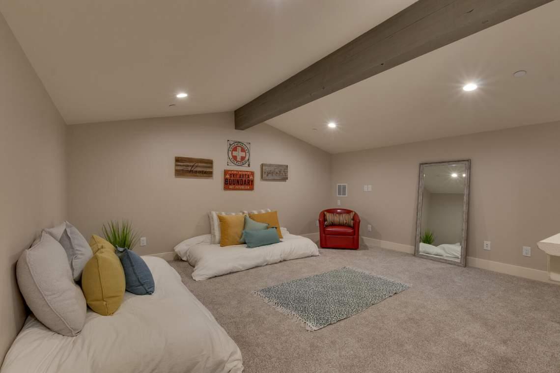 Loft/ Bonus Room