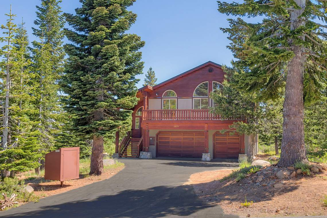 15071 Skislope Way Truckee CA-large-001-27-Front Exterior-1500x1000-72dpi