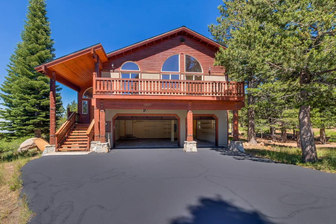 15071 Skislope Way Truckee CA-large-006-33-Front Exterior w Garage Open-1500x1000-72dpi