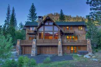 Squaw Peak Lodge