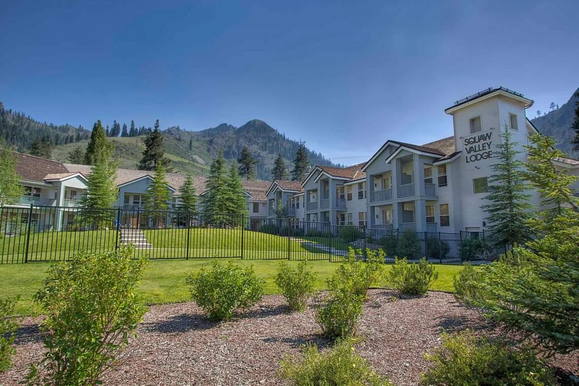201-Squaw-Peak-Rd-Unit-718-large-026-002-Squaw-Valley-Lodge-1500x1000-72dpi