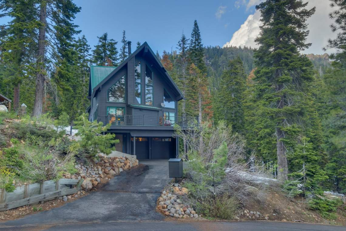4104-Verbier-Rd-Tahoe-City-CA-large-001-003-Front-Exterior-1500x1000-72dpi