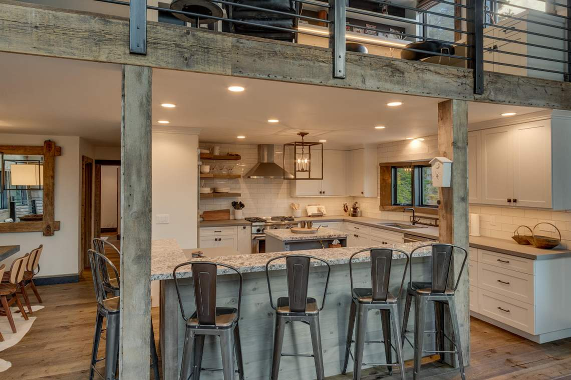 4104-Verbier-Rd-Tahoe-City-CA-large-012-004-KitchenBreakfast-Bar-1500x1000-72dpi-1