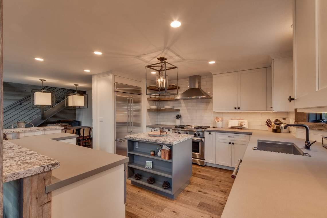4104-Verbier-Rd-Tahoe-City-CA-large-013-010-Kitchen-1500x1000-72dpi-1