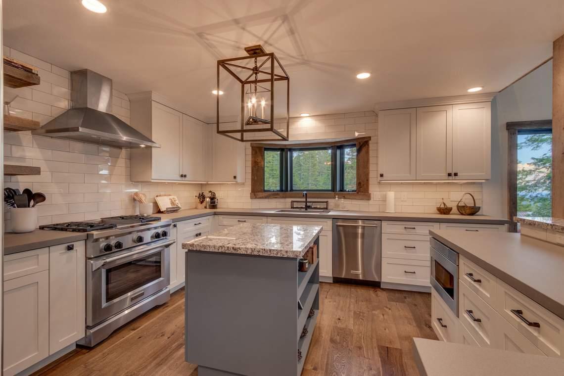 4104-Verbier-Rd-Tahoe-City-CA-large-014-025-Kitchen-1500x1000-72dpi