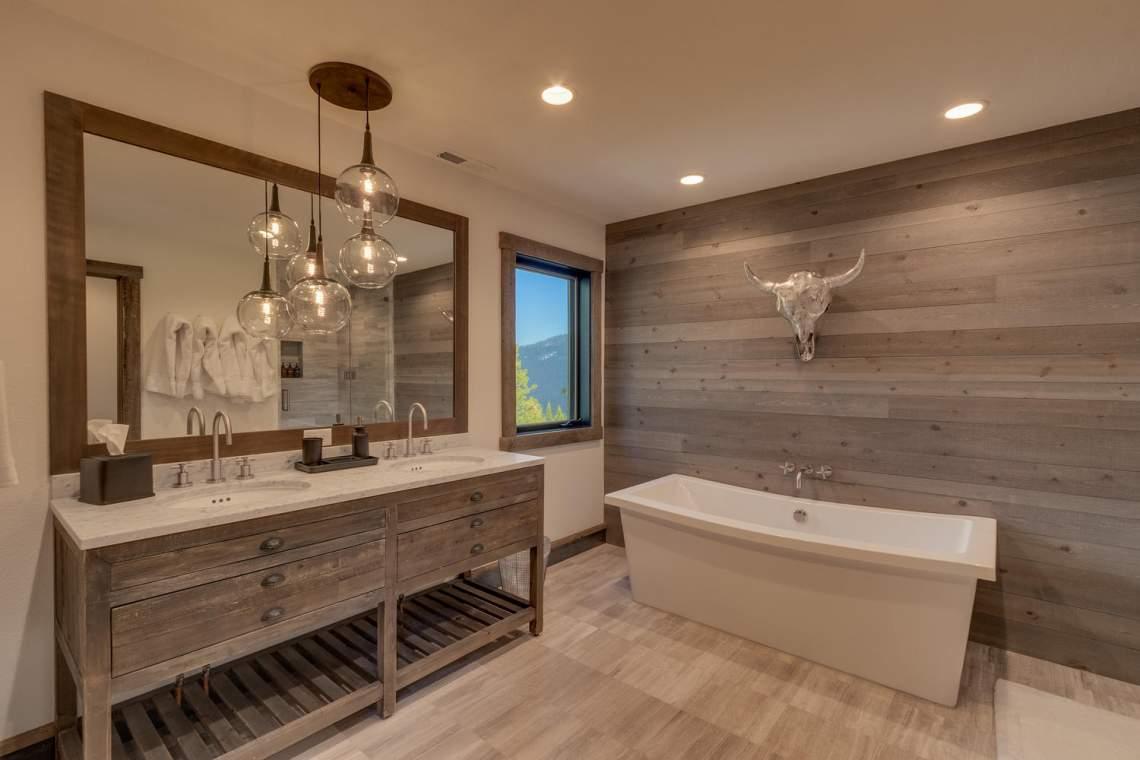 4104-Verbier-Rd-Tahoe-City-CA-large-018-015-Master-Bathroom-1500x1000-72dpi