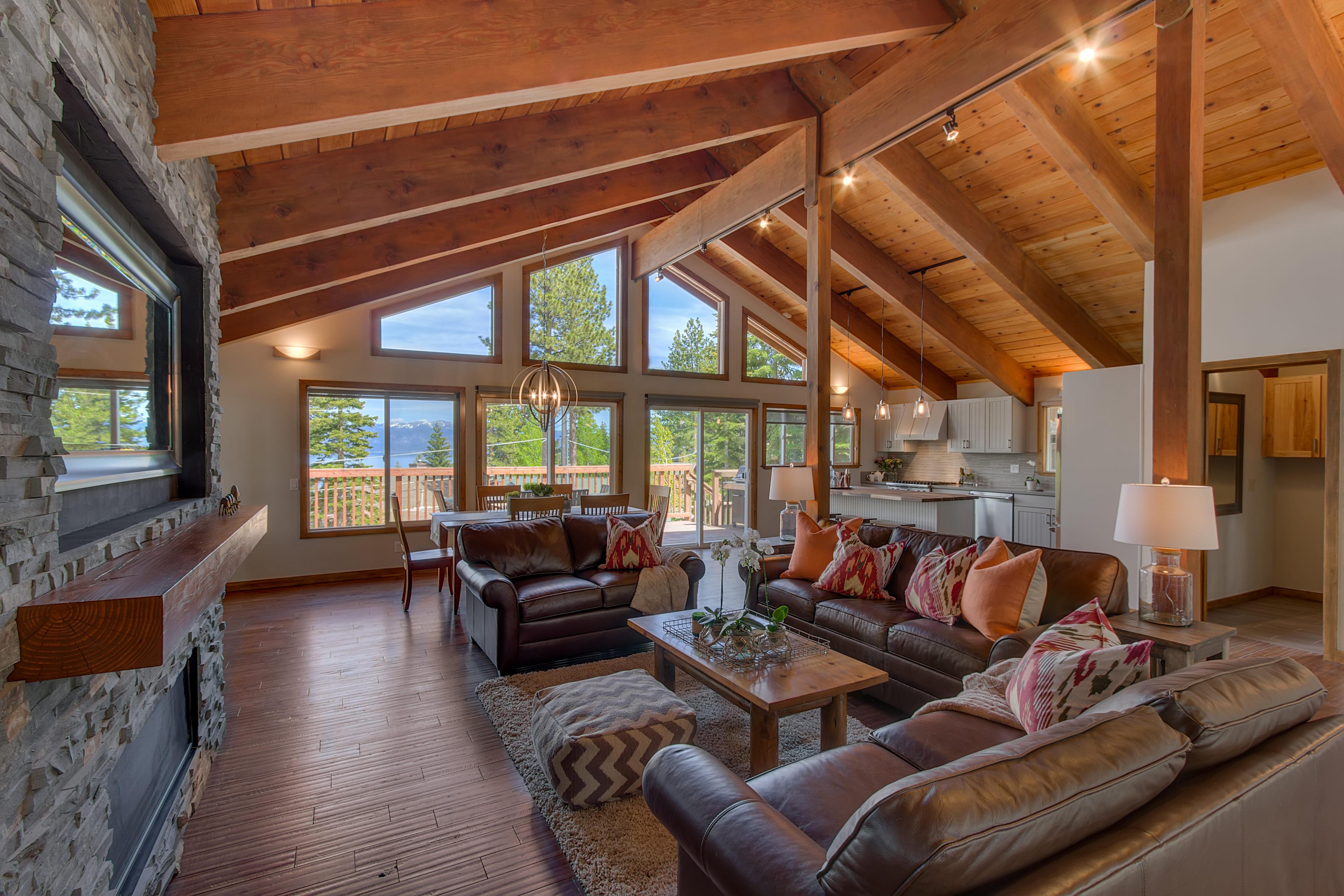Skyland Lodge Dollar Point-print-003-39-Living Room-4200x2800-300dpi