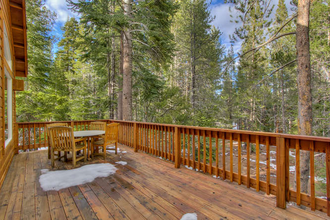 11833 Chalet Rd Truckee CA-small-007-9-Upstairs Patio-666x444-72dpi